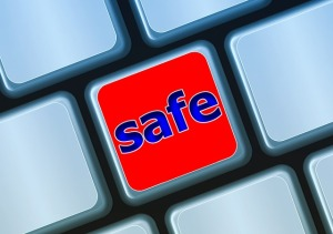 Safe Key on Keyboard-283232_640